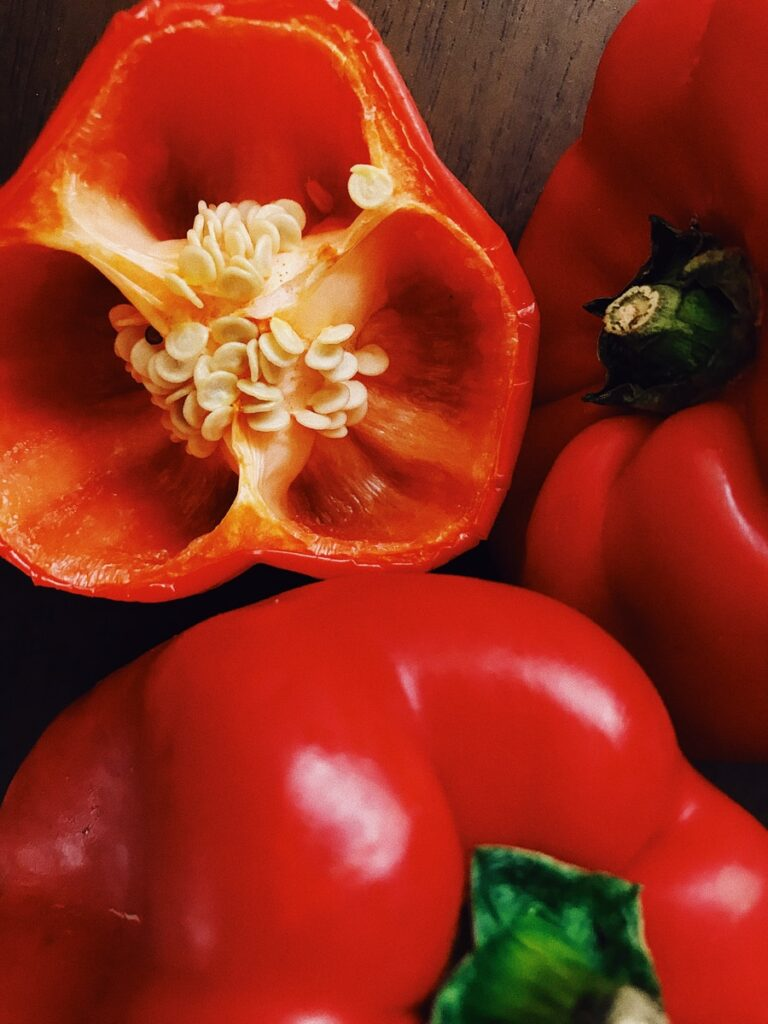 red bell pepper in close up photography